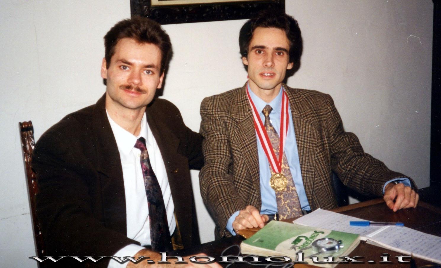 Sergio Sapetti e Riccardo Bruni nello studio di Giovanni Vincenzo Cima