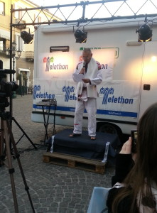 Esibizione Jiu-jitsu metodo Bianchi Chivasso per Maratona Telethon 2015